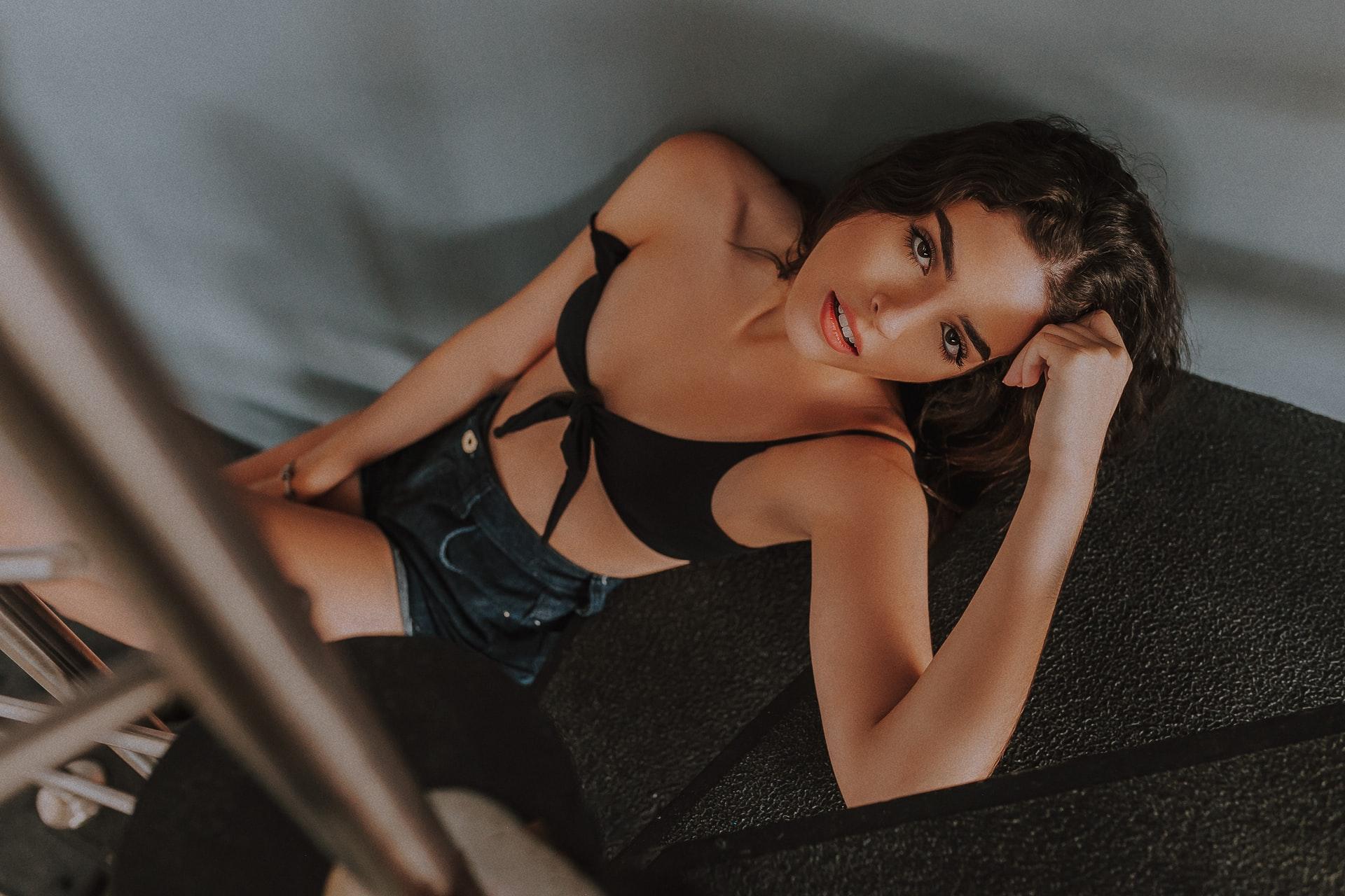 European hot Girl